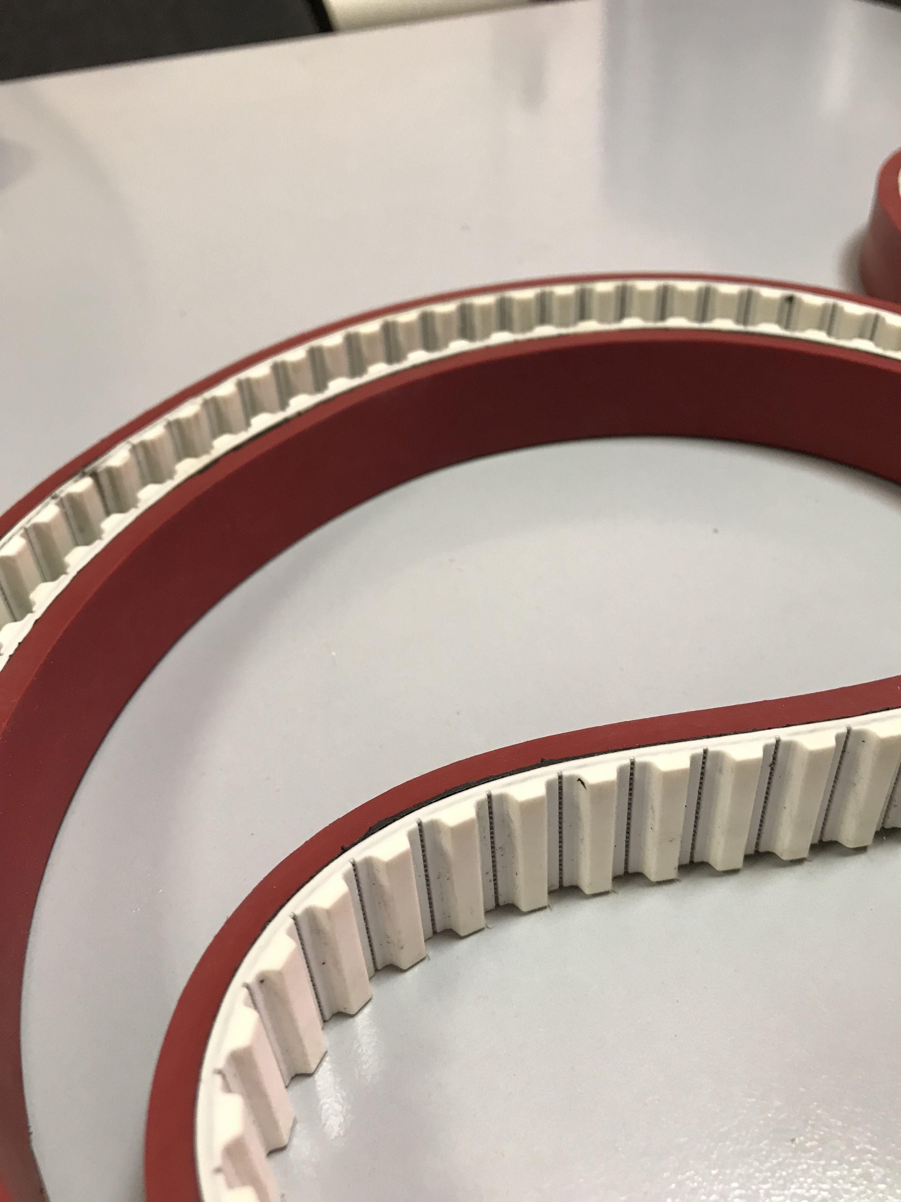 Транспортирующие ремни (с покрытием Linatex) - тяговые ремни